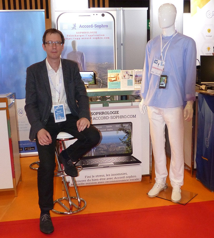 Christophe Meyer au stand du salon Santexpo à Paris